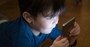 Cep telefonları çocuklar için daha riskli