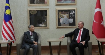Cumhurbaşkanı Erdoğan, Malezya Başbakanı ile görüştü