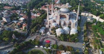 İstanbul ve Londra'da eş zamanlı 15 Temmuz anması