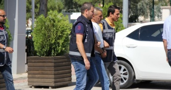 Kesinleşmiş 30 yıl hapis cezası bulunan şahıs sahte kimlikle yakalandı