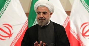 Ruhani: Sınır şehirlerinden komşu ülkelere indirimli yakıt satılabilmelidir