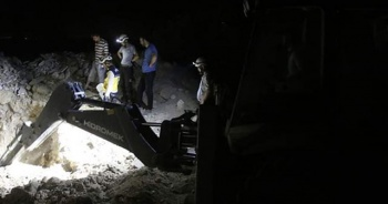 Rus savaş uçakları Han Şeyhun'da katliam yaptı