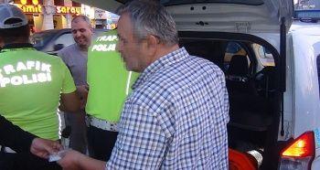 Taksim'de yayaya çarpan ticari taksi bağlandı