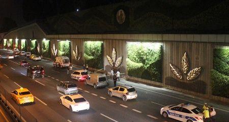 E-5'te feci ölüm... Metrobüs üst geçidinden atlayan kadın hayatını kaybetti