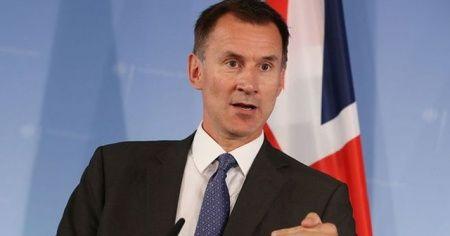 """İngiltere Dışişleri Bakanı Hunt: """"2 gemimizin alıkonulması kabul edilemez"""""""