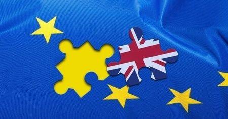 İngiltere Maliye Bakanı'ndan canlı yayında 'istifa' açıklaması