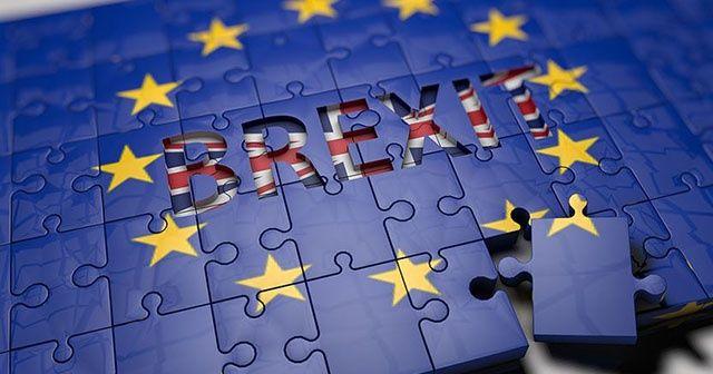 AB, İngiltere ile Brexit'i görüşmeye hazır