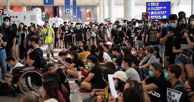 Çin'den Hong Kong Havalimanı'ndaki olaylara 'terör' yorumu