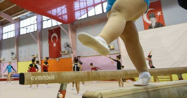 Down sendromlu çocuklar cimnastikle spora yönlendirilecek