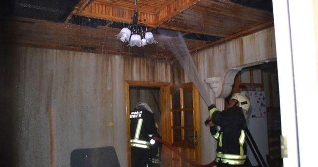 Düğünlerine 3 gün kala evleri yandı