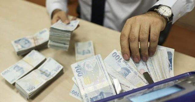 Emeklilere 1000 TL'lik ikramiye ödemeleri bugün başladı