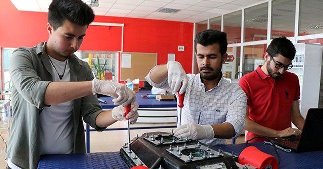 Genç mühendisler insansız sualtı aracı geliştirdi