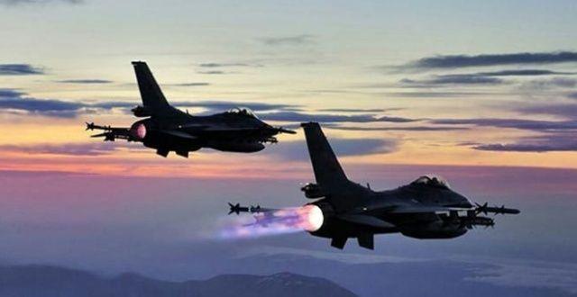Hakkari'de hava operasyonu: 2 terörist öldürüldü
