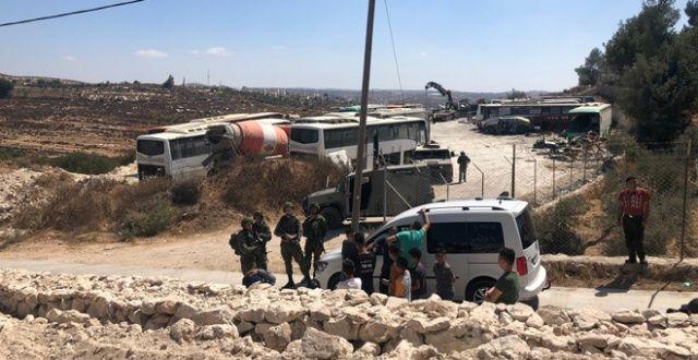 İsrail ordusu Filistinlilerin iş yerlerini yıktı