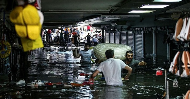 İstanbul Valiliğinden şiddetli yağışlarla ilgili uyarı