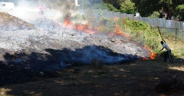 Kartal'da ormanlık alanda yangın çıktı