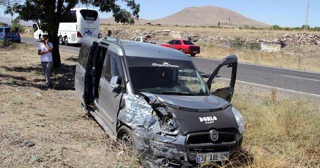 Kayseri'de iki araç çarpıştı: 7 yaralı