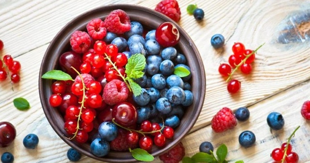 Kırmızı meyvelerin faydaları saymakla bitmiyor