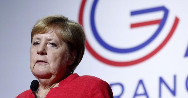 Merkel: Amazonlara yardım edeceğiz