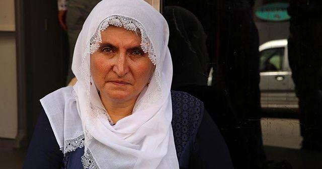 Oğlu için HDP önünde oturma eylemi yapan anne: HDP yeni planı devreye koydu