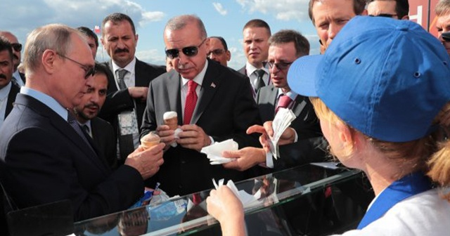 Putin'den Cumhurbaşkanı Erdoğan'a dondurma ikramı