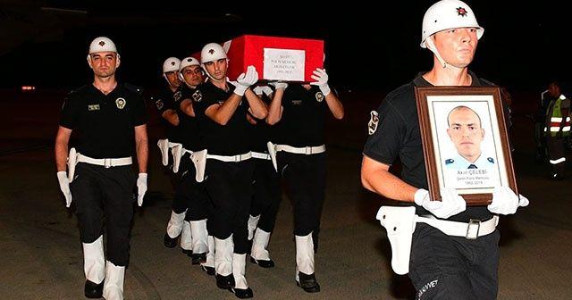 Şehit polis Akın Çelebi'nin naaşı Trabzon'a getirildi