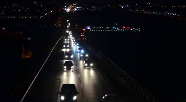 Tekirdağ'da tatil dönüşü trafik yoğunluğu var