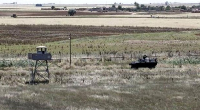 Terör örgütü PKK/YPG Suriye sınırından çekiliyor