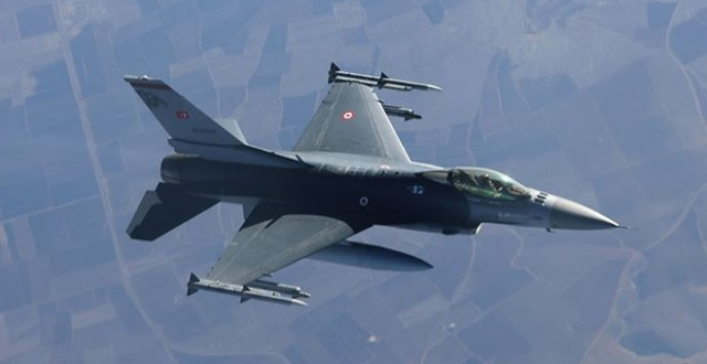 Uçaklar Gara ve Kandil'i vurdu