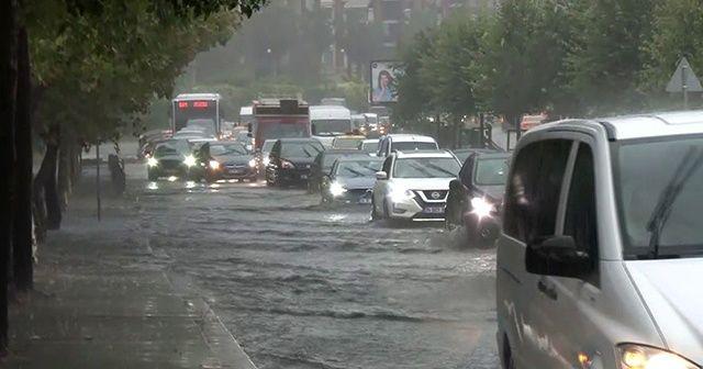 Bakırköy sahil yolu trafiğe kapandı