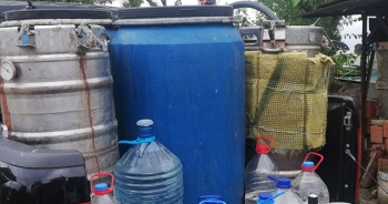 800 litre alkol ele geçirildi