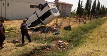 Ailesinden izinsiz aldığı minibüsle takla attı: 1 ölü, 4 yaralı