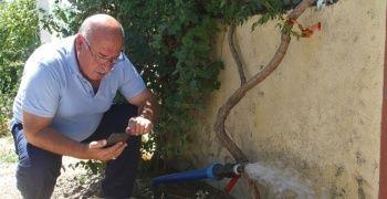 Akıllı köyde sulama işi telefonla yapılıyor