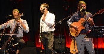 Ayvalık'ta Rubato ile Mehmet Erdem'den unutulmaz konser