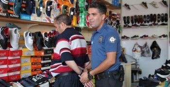 Belediye personelini 4 yerinden bıçakladı