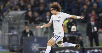 David Luiz, Arsenal'a imza attı