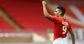 Galatasaray, Falcao transferini resmen duyurdu