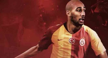 Galatasaray'ın KAP'a bildirdiği Steven Nzonzi İstanbul'a geldi