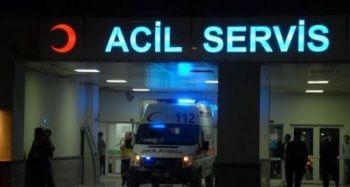 Halk otobüsü hafriyat kamyonuna çarptı: 1 yaralı