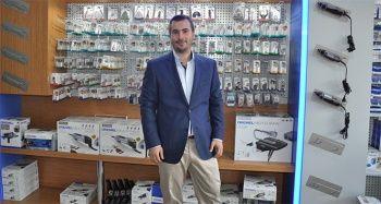 Hırdavat ürünlerini internetten satarak, ABD ve Avrupa pazarına girdi