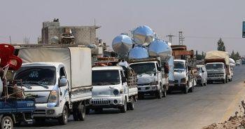 İdlib'de hava saldırıları nedeniyle göç başladı