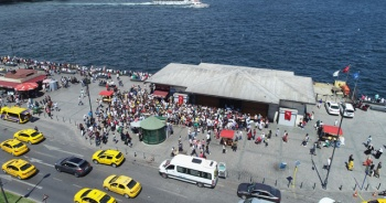 İstanbullular Adalar'a akın etti