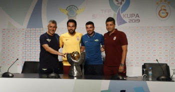"""Levent Şahin: """"Buraya iki kupa ile geldik, üçüncüsü ile döneceğiz"""""""