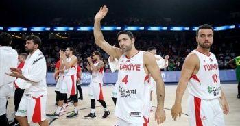 Milliler hazırlık maçında Sırbistan'a yenildi