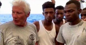 Richard Gere'den Akdeniz'de mahsur kalan göçmenlere ziyaret