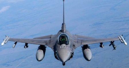 ABD'de eski F-16 sivil satışa çıkarıldı