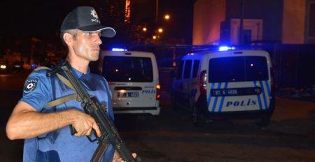 Adana'da polisten 'şok' uygulaması