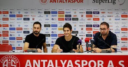 Antalyaspor'un yeni transferi Leschuk imzayı attı