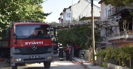 Burdur'da korkutan ev yangını