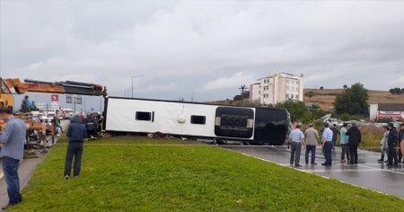 Çanakkale'de yolcu otobüsü devrildi: Ölü ve yaralılar var